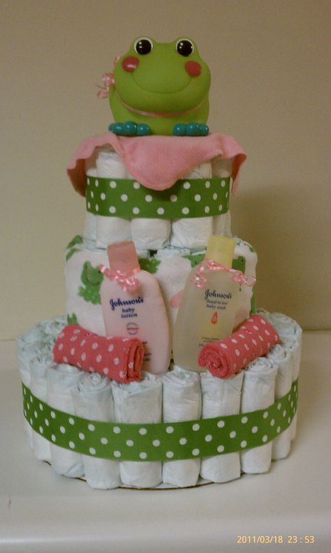 81 pamper diapers, hooded towel, 8 washcloths, froggie bath spout cover, baby lotion and baby wash- OMG OMG OMG OMG I love this.