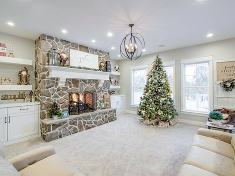 Colorado Springs Christmas 2019.10704 S Holmes Rd Colorado Springs Co 80908 Zillow