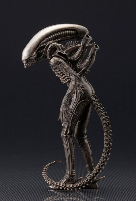 ALIEN MOVIE XENOMORPH BIG CHAP ARTFX+ STATUE |  Figure | KOTOBUKIYA