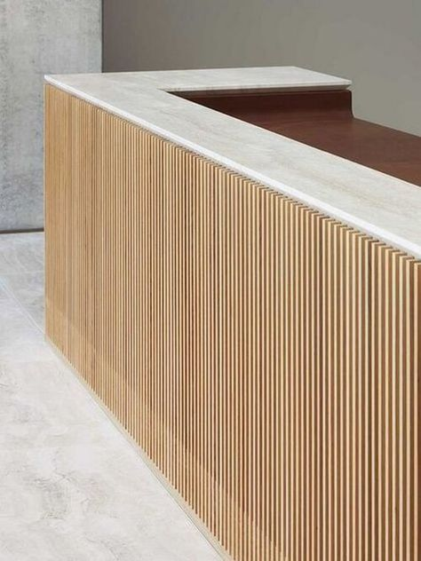 hotel reception oak stone and leather Reception Desk Lobby Reception, Reception Seating, Hotel Reception Desk, Modern Reception Desk, Design Entrée, Design Room, Design Concepts, Design Trends, Bureau Design