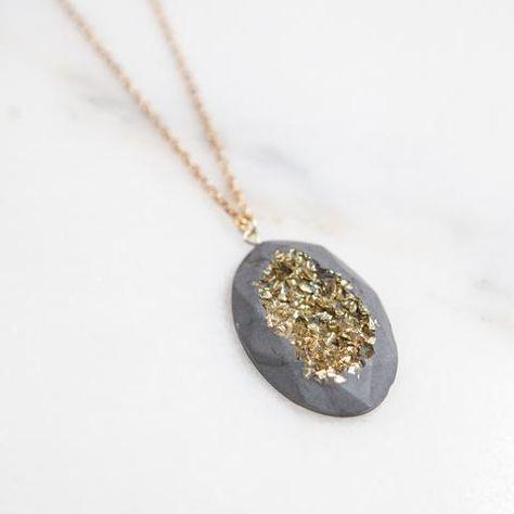 Concrete Druzy Oval Necklace Gold