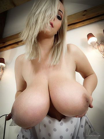 Hangers breast heavy huge