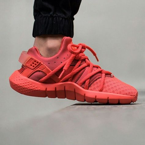 907fee31a7e5 Nike Huarache NM is now available today in TWO new colourways