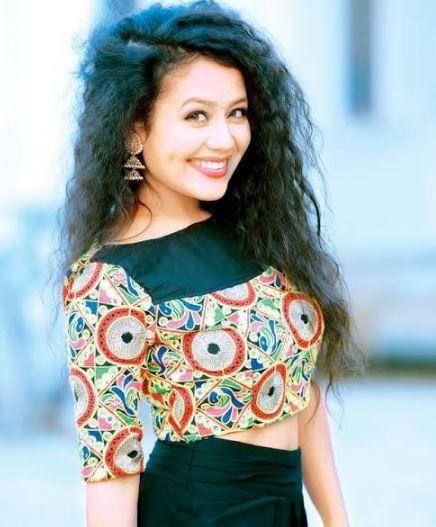 100 Best Singer Neha Kahhar Images And Neha Kakkar Ka Photo With Pics Images Wallpapers Download And Faceboo Neha Kakkar Dresses Indian Celebrities Neha Kakkar