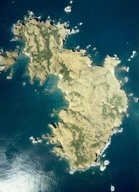 Mukō-jima ◆Ogasawara-guntō – Wikipedia http://de.wikipedia.org/wiki/Ogasawara-gunt%C5%8D #Ogasawara_Islands #Bonin_Islands