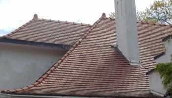 Concrete Tile Roof Cost In 2020 Boral Eagle Roofing Tiles In 2020 Roof Cost Roof Architecture Clay Roof Tiles