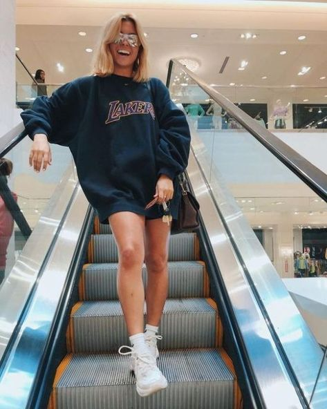 Best Outfit Ideas For When It's Cold In The Morning But Hot In The Afternoon - Society19