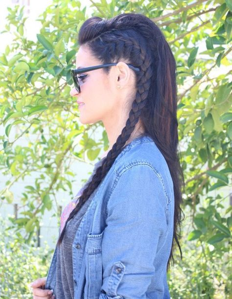 Reminds me of Octavia's hair from the 100