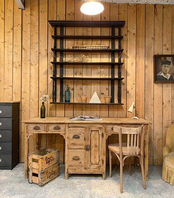 Mobilier Industriel Meuble De Metiers Decoration Vintage Par Le Marchand D Oublis En 2020 Meuble De Metier Bibliotheque En Bois Bureau Double
