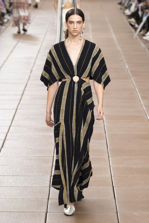 Phillip Lim Spring 2019 Ready-to-Wear Fashion Show Collection: See the complete Phillip Lim Spring 2019 Ready-to-Wear collection. Look 8