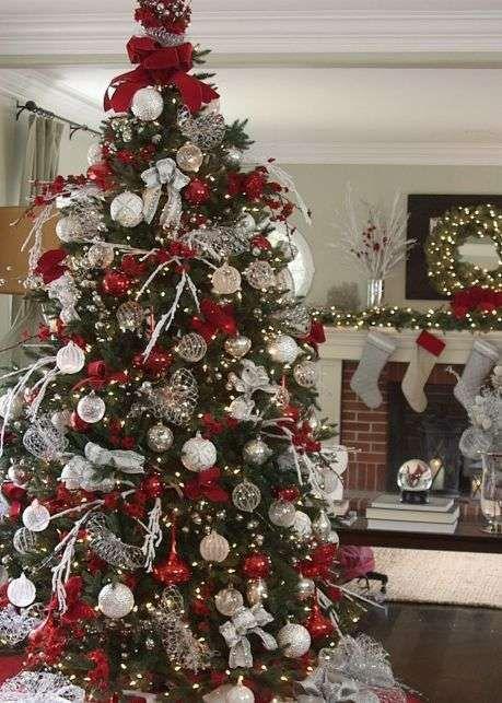 Alberi Di Natale Eleganti Immagini.Albero Di Natale Bianco E Rosso Albero Di Natale Elegante Alberi Di Natale Rosso Rosso Natale Albero Di Natale Bianco