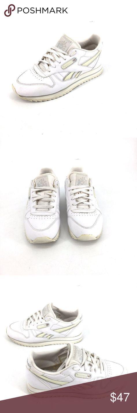 Vintage 90s Reebok Classic Sneaker Leather Sz 8.5 Vintage Reebok Classic  Sneaker Size 8.5 White Reebok b87fa9426