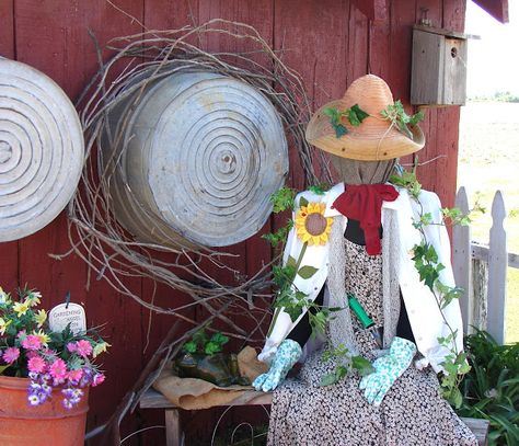 A scarecrow for the garden - fun! Love that this method doesn't involve stuffing.