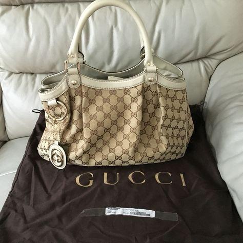 e7ad3135c Authentic Gucci Handbag - Preloved