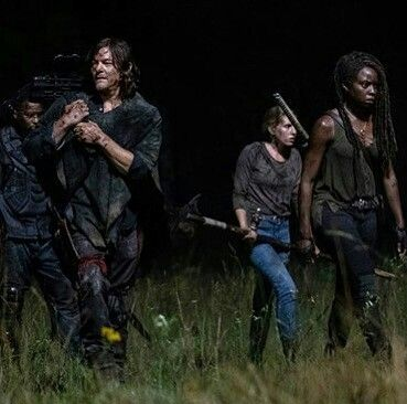 Season 10 Ep 3 Ghosts Crossing The Border Fear The Walking Dead Walking Dead Season The Walking Dead