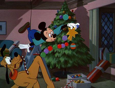 Plutos Christmas Tree.Pluto S Christmas Tree Tnis Is Chris Mas Disney