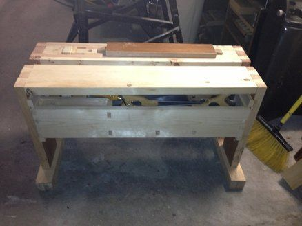 Split Top Saw Bench With Wedge Powered Wagon Vice And Integrated Saw Till Small Workbench Power Wagon Diy Workbench