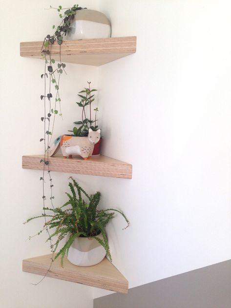 Comfy Corner Floating Shelves Design Ideas To Beautify Your Room Corner Corner Shelves Bedroom, Floating Shelves Bedroom, Floating Corner Shelves, Corner Wall Decor, Corner Shelving, Floating Shelf Decor, Bathroom Corner Shelf, Wall Shelving, Wall Shelf Decor