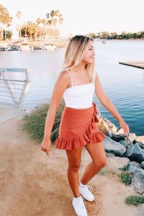 Fashion Tips Outfits 27 Casual Summer Outfit Ideas For Women. Tips Outfits 27 Casual Summer Outfit Ideas For Women. Spring Outfit Women, Trendy Summer Outfits, Cute Casual Outfits, Dress Casual, Summer Skirt Outfits, Summer Outfits For Vacation, Winter Outfits, Spring Ootd, Casual Ootd