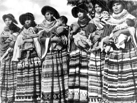 Seminole women and their infants