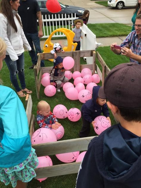Pig pen game, We filled garbage bags with pink balloons and r. Pig pen game, We filled garbage bags with pink balloons and released them into t - Farm Animal Party, Farm Animal Birthday, Tractor Birthday, Barnyard Party, Horse Birthday, Farm Birthday, Petting Zoo Birthday Party, Birthday Parties, Pink Parties