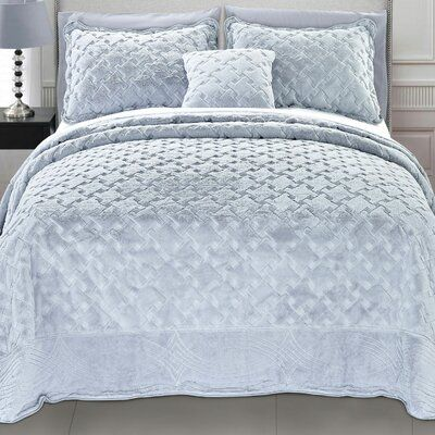 Pin By Rwni Gika On σπιτι Bed Spreads Bedspread Set Bedding Sets