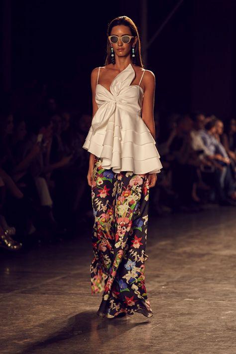 Leal Daccarett B Capital 2016 - fashion show | AGA'S SUITCASE