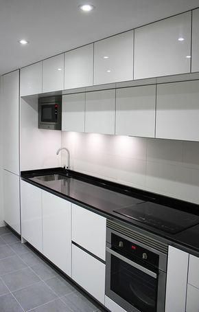 Diseno De Cocinas Diseno De Cocinas En Cocinas En Tres Cantos Trescantos Madrid Luxury Kitchen Cabinets Kitchen Modular Kitchen Room Design