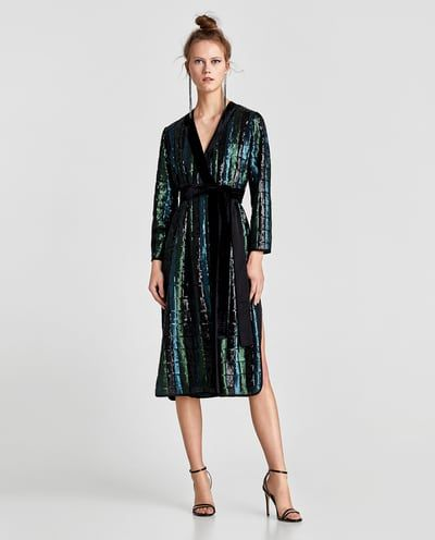SEQUINNED KIMONO WITH CONTRASTING VELVET TRIMS GET READY