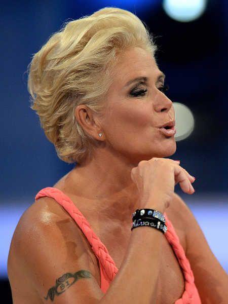 Promi Big Brother Claudia Effenberg Wutet Gegen Ihre Fans Winterfrisuren Effenberg Haare Und Beauty