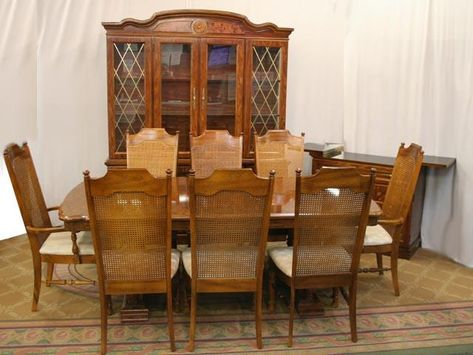 Archaiccomely Broyhill Dining Room