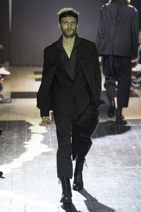 Yohji Yamamoto Men's Fall 2015
