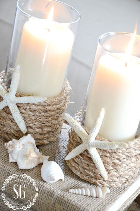 25 Deko-Ideen für Ihr Traum-nautisches Badezimmer The Effective Pictures We Offer You About classy beach house decor A quality picture can tell you many Home Candles, Diy Candles, Pillar Candles, Seashell Crafts, Beach Crafts, Beach House Decor, Diy Home Decor, Modern Beach Decor, White Beach Houses