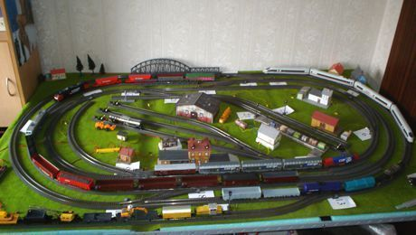 Model Train Layouts Track Plans In Ho Scale Various Projects Designed With Scarm Layout Software Model Trains Train Layouts Model Train Layouts