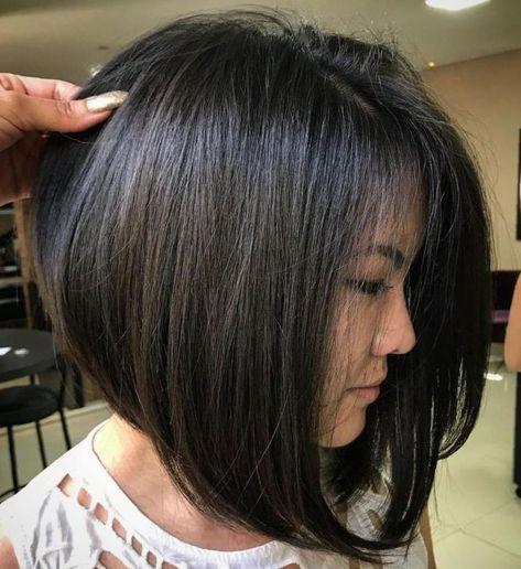 Frisuren Bilder Schulterlanger Bob Mit Auffalligen Farbeffekten