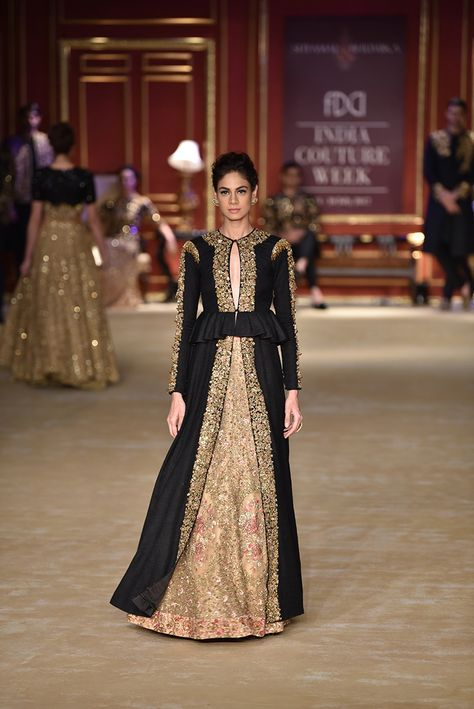 Complete Collection: Shyamal & Bhumika at India Couture Week 2017
