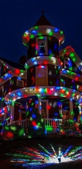 A Guide To The Ten Best Christmas Laser Lights 2020 Top Ten Select Laser Christmas Lights Best Christmas Laser Lights Christmas Lights
