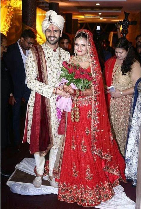 Divyanka Tripathi and Vivek Dahiya are married now, see inside pics