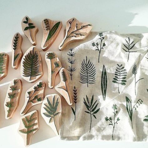 Photo shared by etsy on June 2017 tagging and Eraser Stamp, Keramik Design, Stamp Carving, Fabric Stamping, Handmade Stamps, Stamp Printing, Block Printing On Fabric, Linoprint, Linocut Prints
