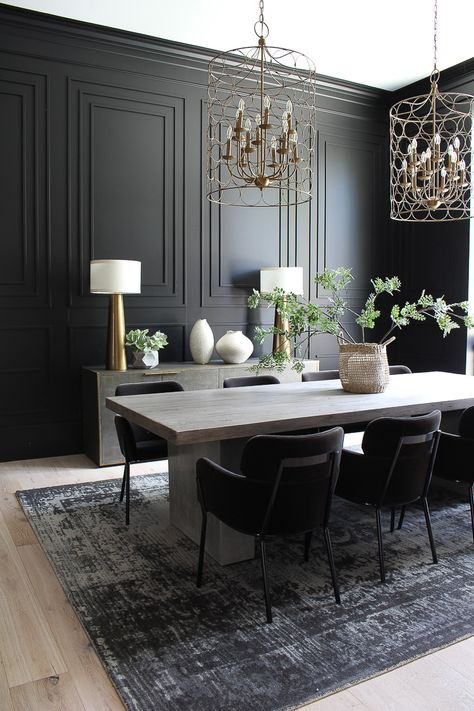 Our Bold Black Dining Room Reveal, Styled For Christmas - The House of Silver Lining - Kitchen Decoration Ideas Black Dining Room Sets, Dining Room Colors, Luxury Dining Room, Dining Room Design, Dark Grey Dining Room, Black Rooms, Elegant Dining Room, Elegant Home Decor, Black Walls
