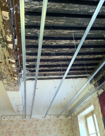 Suspente Rail Placo Plafond Preparation Beton Et Autres