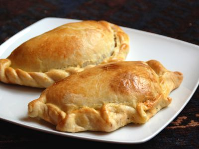 How To Make Empanada Dough Masa Para Empanadas In 6 Easy Steps Recipe Empanadas Dough Recipes Chilean Recipes