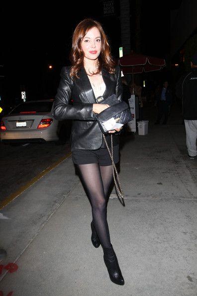 Rose mcgowan in her black pantyhose