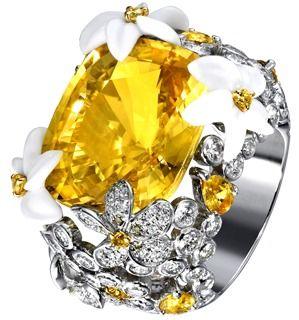 White gold Chalcedony Diamond Ring