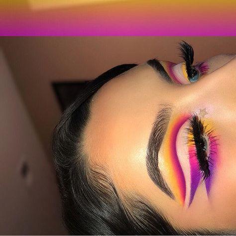 makeup colorful – Hair and beauty tips, tricks and tutorials Creative Makeup Looks, Unique Makeup, Colorful Eye Makeup, Glamorous Makeup, Cute Makeup, Gorgeous Makeup, Makeup Eye Looks, Eye Makeup Art, Skin Makeup