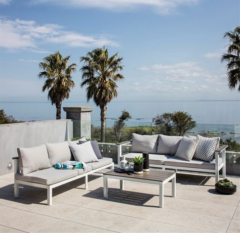 Excalibur Outdoor Living 'Getaria' Dual Function Lounge Package