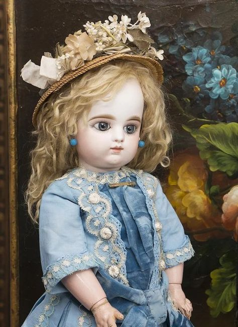 """19 1/2"""" (50cm) Antique French FG bebe doll by Gaultier Freres with closed mouth, antique dress, size 8"""
