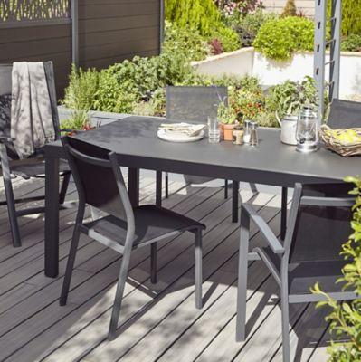 Fauteuil De Jardin Blooma Batz Noir En 2020 Table De Jardin