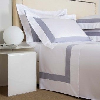 FRETTE Lux Percale QUEEN Sheet Set 100 /% Cotton In White NEW Luxurious
