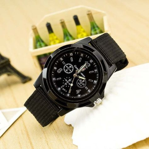 416041b04709 New Famous Brand Men Casual Quartz Watch Army Soldier Canvas Strap Military  watches Sports Men Wristwatches relogio masculino